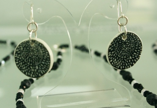 bw poinciana drop earrings